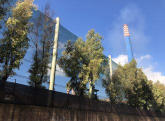 La denuncia: Fumo nero dal camino E312 di ArcelorMittal