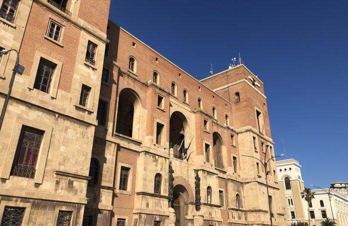 Scuola, a Taranto il 20% degli studenti sceglie di tornare in classe dal 1 febbraio