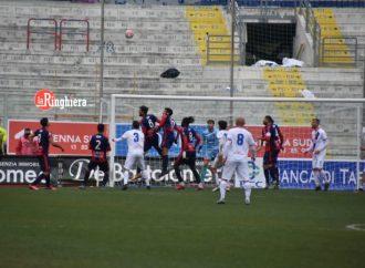 Il Casarano strappa un punto allo Iacovone. Taranto, un quasi gol e niente più