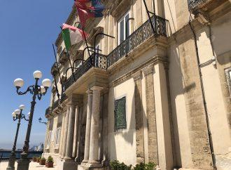 Taranto, ordinanza anticovid: restrizioni di orari e sosta nei luoghi pubblici