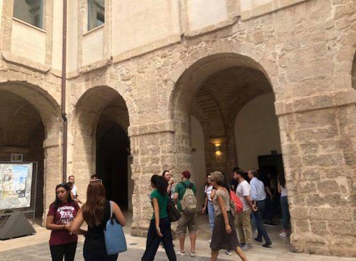 Università, gli studenti possono scegliere: lezioni online o in presenza
