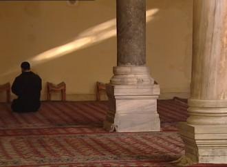 Moschea a Taranto, è già scontro