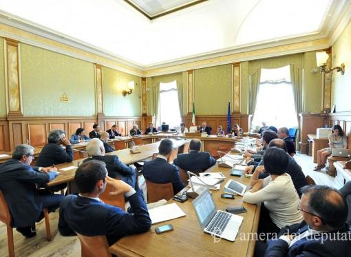 Commissione attivit produttive la ringhiera for Parlamento in diretta