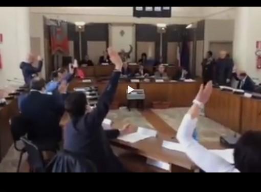 """TARANTO – Soprintendenza, il Consiglio comunale """"bacchetta"""" Franceschini"""