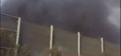 Taranto, incendio all'Agglomerato 2 Ilva. Fumo denso e scuro, paura a Tamburi