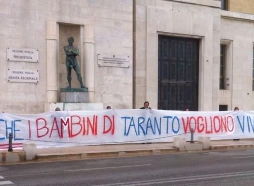 Emiliano, ecco le priorità per Taranto: i Genitori Tarantini consegnano la lista al governatore