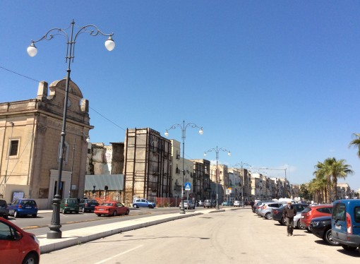"""Città vecchia, evitare altri crolli. """"Taranto risorga come Matera"""""""