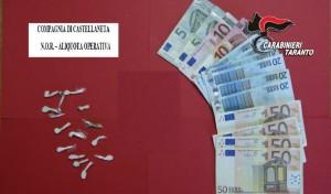 Droga e denaro in sequestro