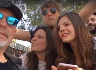 Vasco, il video- selfie con i fans a Castellaneta Marina