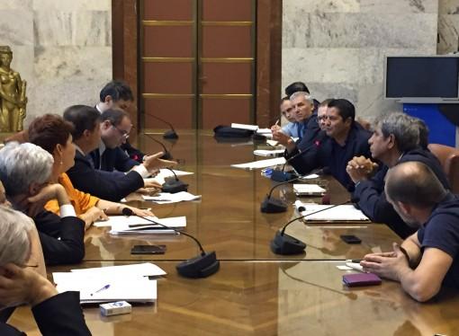 Ilva, Governo-sindacati: confronto in salita