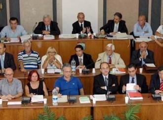 Taranto, città a pezzi: ma il sindaco pensa al rimpasto di Giunta