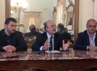 """Stefàno promette lo """"scatto"""", ma Taranto è ancora senza Giunta"""