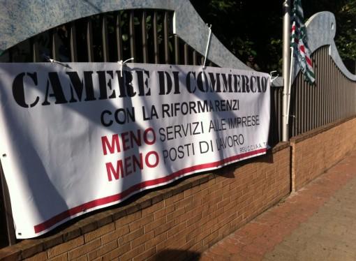 Cgil, Cisl, Uil: la riforma delle Camere di commercio una condanna per Taranto