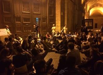 """Taranto, #tuttamialacittà """"occupa"""" la Prefettura"""