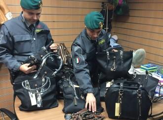 Taranto, maxi sequestro di giocattoli cinesi