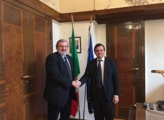 Ilva Taranto: Emiliano-Calenda, dialogo a tutto gas?