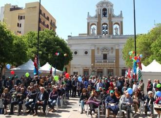 Taranto, il Primo Maggio torna in piazza della Vittoria. Corteo Cobas per le vie centro