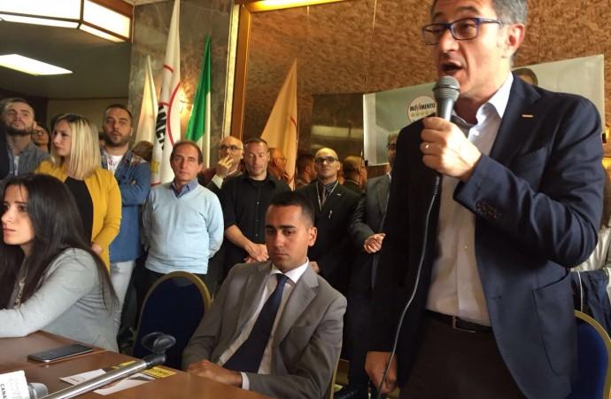 """Di Maio: """"Taranto risorgerà con Cinque Stelle"""""""