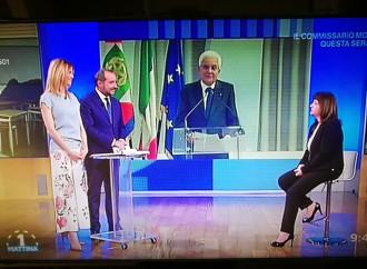 """Taranto,  Mattarella alla """"Pirandello"""""""