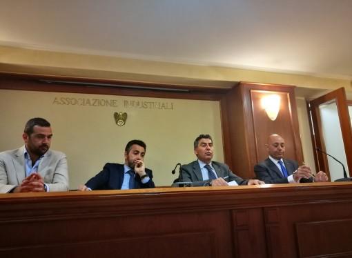 Confindustria ai candidati sindaco: Taranto colpita dal virus anti-industrialista