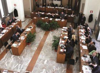 Taranto, record di preferenze per l'ex vicesindaco e la figlia di Cito. Nomi e numeri degli eletti