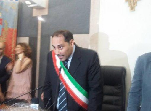 """Taranto, inizia l'era Melucci. """"Criticateci, ma partecipate"""""""