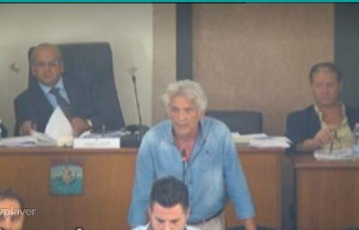 Taranto: Pd spaccato in due, venti giorni per non tornare alle urne