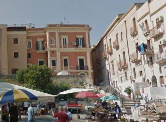 Taranto, il mercato ittico torna in piazza S. Egidio