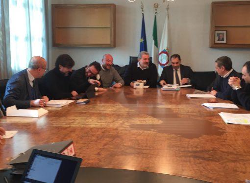 Ilva, Emiliano e il sindaco di Taranto: ecco la nostra proposta per Gentiloni