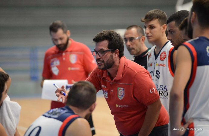 Il Cus Jonico esonera coach Calore