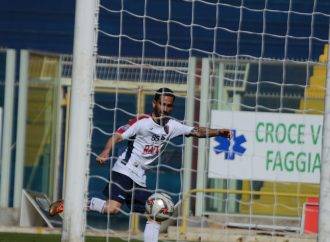 Taranto, quattro gol nell'uovo di Pasqua