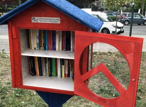 Prendi un libro, metti un libro