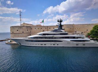 Ciak si gira, assalto al mega yacht. Spettacolo e alta tensione a Taranto