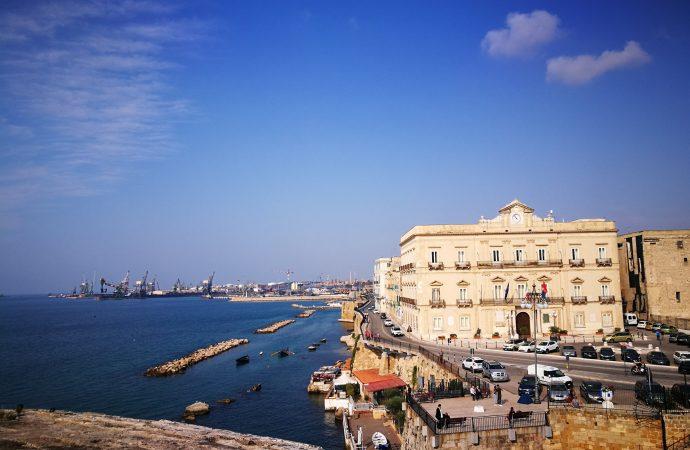 ArmoniE nei Chiostri di Taranto Vecchia