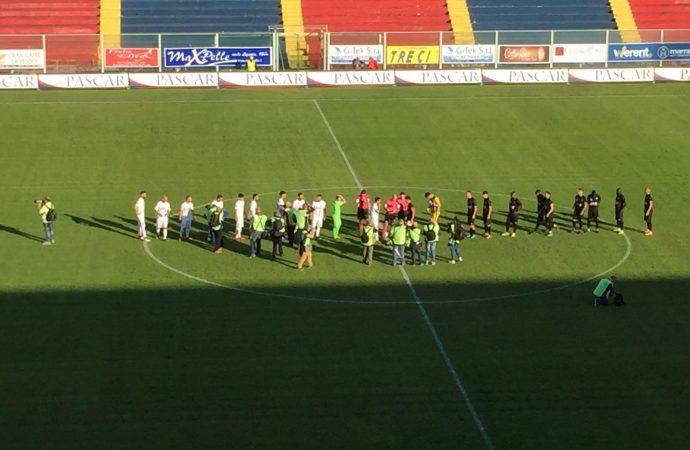 Taranto, la palla adesso torna ai calciatori