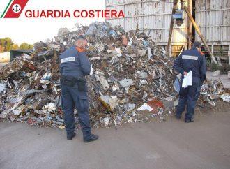 Porto di Taranto, la Guardia Costiera sequestra 2000 mq