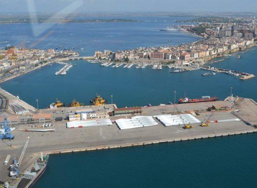 Trattativa Yilport-Cosco, benefici anche per il porto di Taranto?