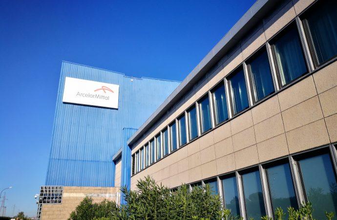 ArcelorMittal, parte la cassa integrazione. 8 ore di sciopero a Taranto