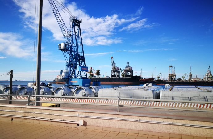 Porto, grande attesa tra gli ex Tct. Martedì incontro con San Cataldo Container Terminal