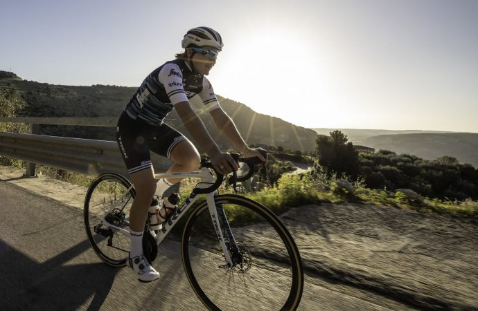Il ciclismo su strada sempre più al femminile