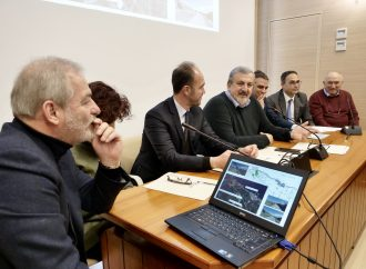 "Regione Puglia, intesa per la ""ciclovia Adriatica"""