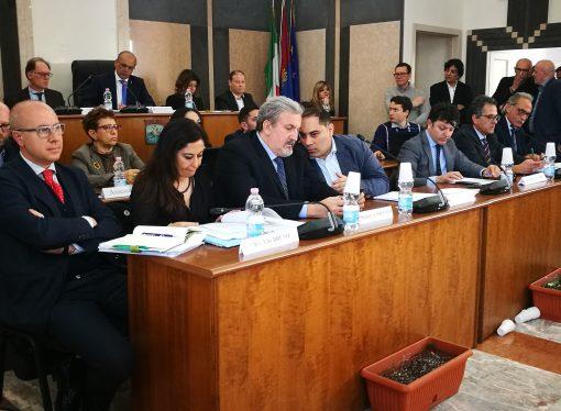 Taranto, l'emergenza ambientale approda in Consiglio comunale