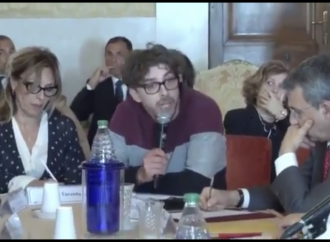 Battista e Riondino a muso duro:  M5S traditori, non siete diversi dagli altri!
