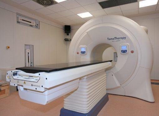 Fronte del cancro, al Moscati la nuova Tomoterapia