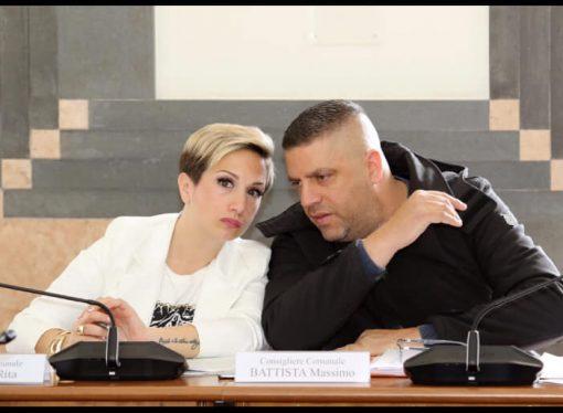 """Battista e Corvace: """"Altro che rinascita, ennesimo rimpasto a Taranto"""""""