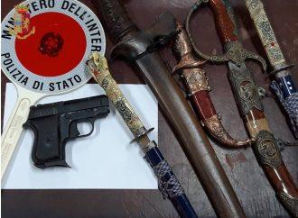 Taranto, armi nello scantinato