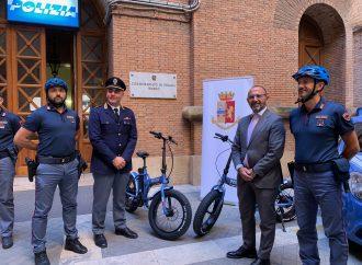 Taranto, bici elettriche per il Commissariato Borgo