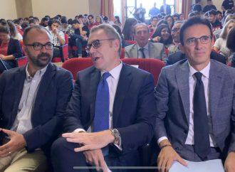 Il ministro Fioramonti: L'ex Ilva è il passato. L'immunità va rimossa [VIDEO]