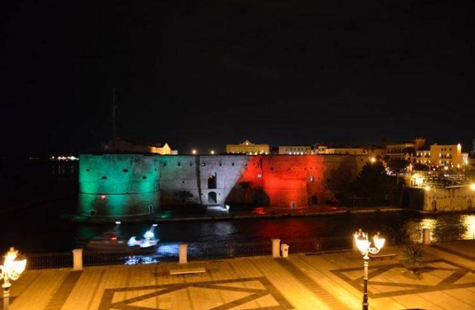 Taranto, da stasera il castello è tricolore
