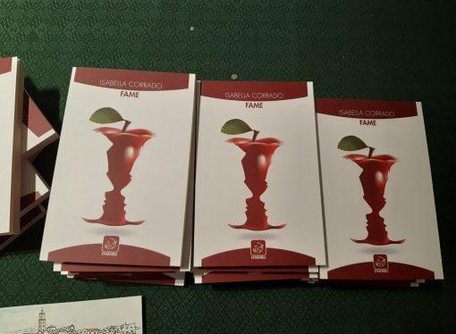 """Stasera alla Ubik """"Fame"""", il libro della Corrado <span class=""""dashicons dashicons-calendar""""></span>"""